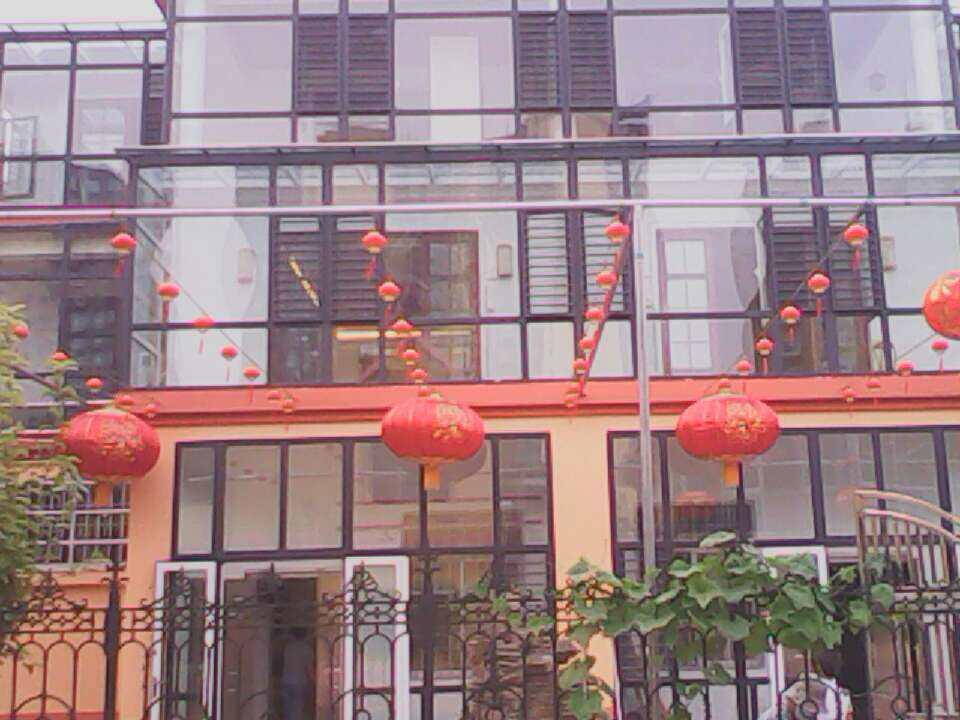 阳光房制作案例 茌平滨河花园别墅阳光房工程